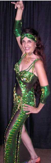 Catharae, bellydancer in Upland, California