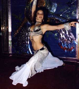 Malika teaches Belly Dance in North Hills near Van Nuys, CA